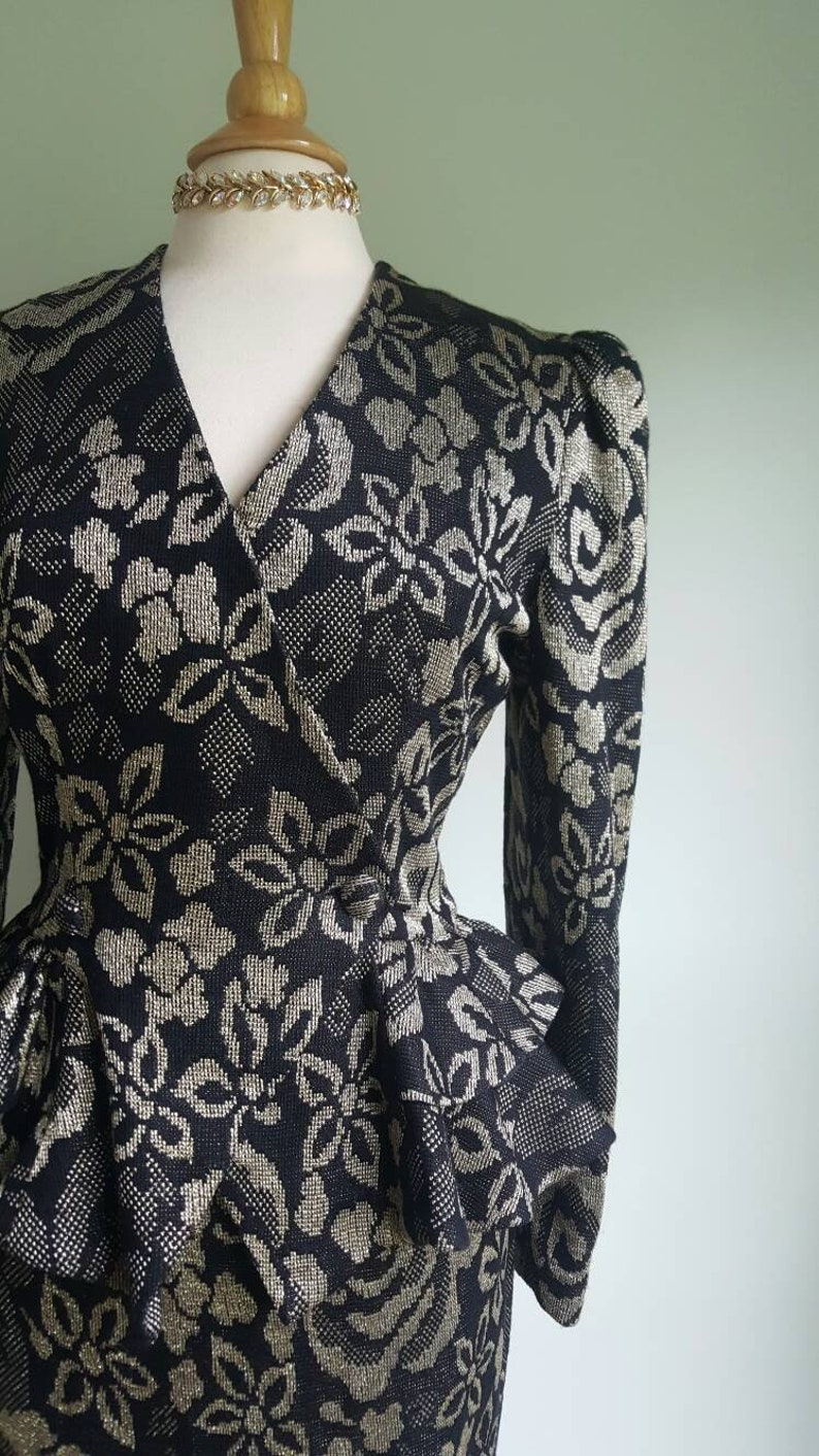 Vintage 1980s does 1940s skirt suit black and metallic gold woven floral puff sleeves blazer peplum jacket and pencil skirt formal dress