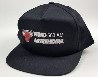 eb972ec298d Vintage 90s Chicago Bulls WIND 560 AM La Tremenda Black Dad Hat Snapback -  One Size. baseball cap michael jordan streetwear hip hop rap tee