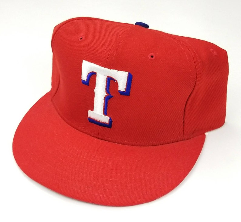 separation shoes d64f8 b8d49 NEW VTG 90s Texas Rangers New Era 59Fifty 5950 Authentic   Etsy