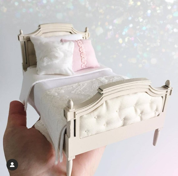 Miniature Princess Bed, upholsered 1 inch scale bed, 1:12 scale dollhouse  bed, modern miniature furniture bedding, dollshouse girls bedroom