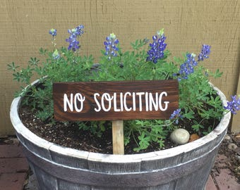 Ready to ship No Solicitation garden sign - no soliciting yard sign - hand painted pallet sign - upcycled home decor - no solicitors sign