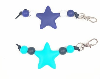 Star Zipper Pull