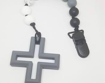 Swiss Cross Chewie clip