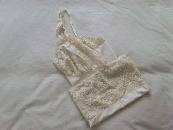 Half Slip Petticoat by Van Raalte size 12 AusUK /& 6US