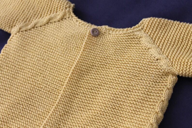 Patrón chaqueta raglán trenzas 6-9 meses español image 0