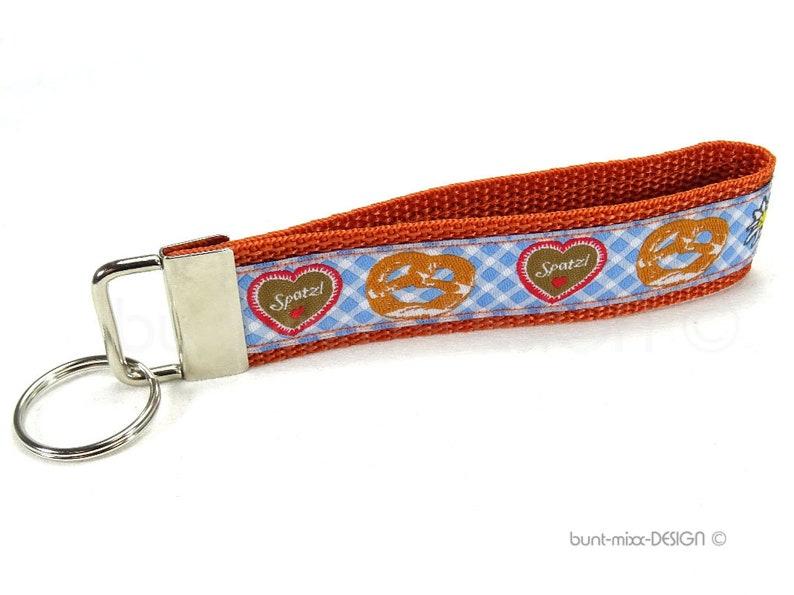 Keychain heart pretzel spatzl blue white green copper orange bavarian style lanyard keyholder key fob handmade by BuntMixxDESIGN