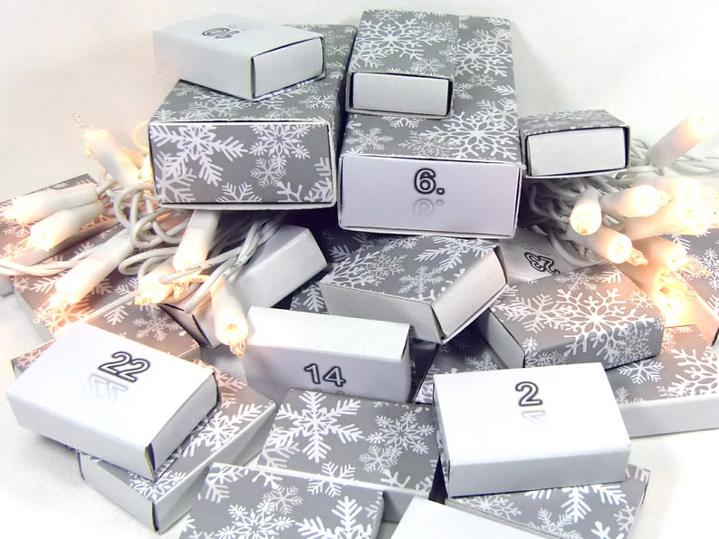 Advent Calendar For Filling Mini Boxes 26 Small And 2 Large Boxes Numbers 1 24 Ice Crystal Grey Advent Calendar Calendar Advent
