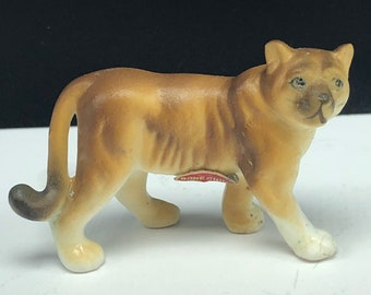 86cb7dd5bfe1 BONE CHINA MINIATURE porcelain wilderness animal vintage figurine statue  sculpture collectible cougar cat wildcat mountain lion puma 2