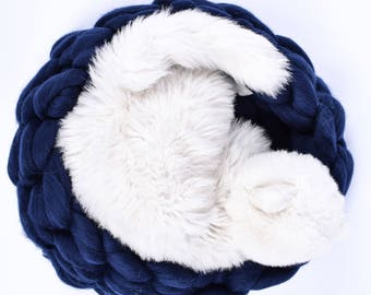 Cat bed Cat supplies Chunky knit cat bed Chunky cat house Cat cave Pet furniture Cat furniture Cat mat Wool cat bed