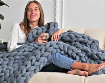 Chunky blanket, Chunky knit throw, Chunky knit blanket, Giant blanket, Merino wool blanket, Arm knit, Boho decor, Christmas Gift for her