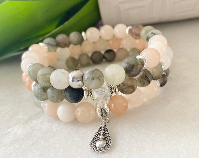 Lepidolite benefits, bracelet lepidolite triangle charm, anxiety bracelet, anxiety jewelry, stress bracelet, she calm and balance