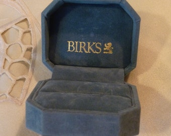 Gift for Her Iconic Light Blue Plush Special Ring Holder Vintage Birks Ring Box