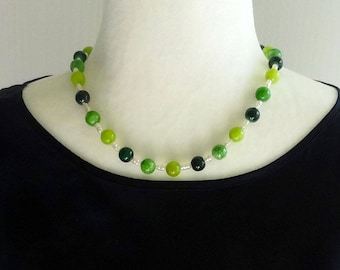 Green Quartzite Stone Beads and White Freshwater Pearl Beaded Necklace, Spring Jewelry