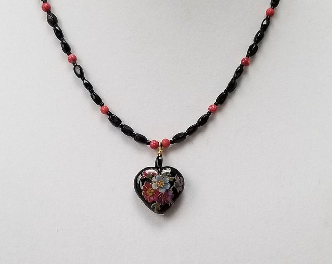 Black Floral Heart Pendant Necklace, Vintage Black and Pink Glass Bead Necklace, Delicate Heart Pendant, Anniversary Gift