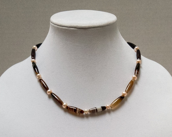 Brown Agate Necklace, Agate and Freshwater Pearl Necklace, Brown Bead Necklace, Fall Necklace, Autumn Necklace