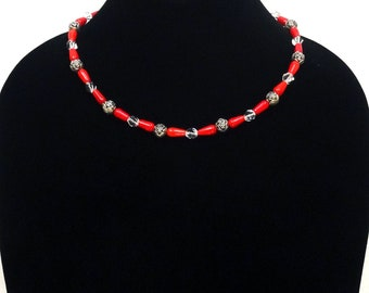 Red Coral Bead Necklace, Red Swarovski Bead Necklace, Rose Bead Necklace, Red Bead Necklace, Romantic Necklace