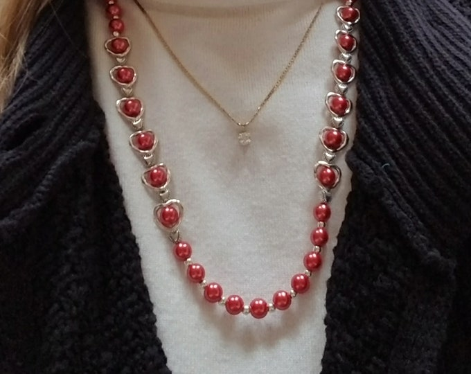 Red Glass Pearl Necklace / Metal Heart Bead Necklace / Red Glass Pearl and Heart Bead Necklace / Valentine Necklace / Valentines Day Gift