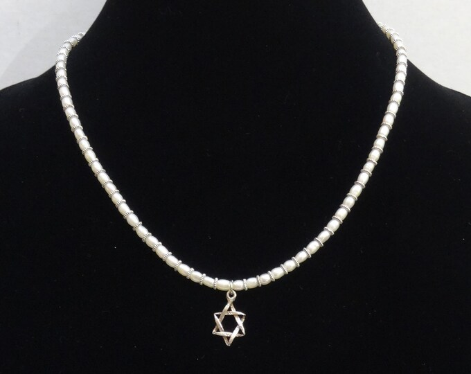 Sterling Silver Star of David Pendant / White Freshwater Pearl Necklace / Jewish Star Charm / Chanukah Gift/ Bat Mitzvah Gift / Judaica
