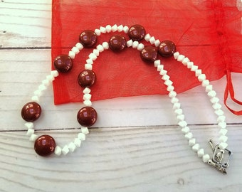 Red Glass Pearl Necklace, White Glass Bead Necklace, Red and White Bead Necklace, Valentine Necklace