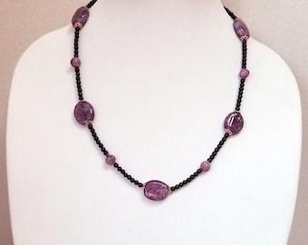 Purple Glass Pearl Necklace / Purple Lampwork Glass Bead Necklace / Purple Bead Necklace / Mother's Day Gift
