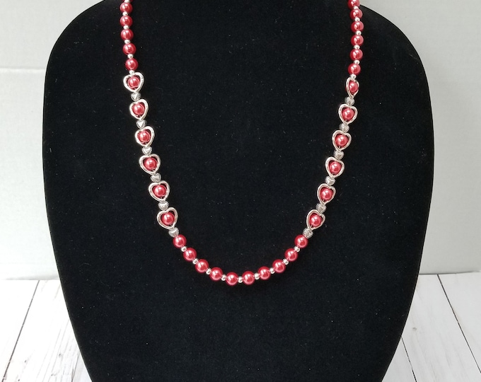 Red Glass Pearl Necklace / Metal Heart Bead Necklace / Red Glass Pearl and Heart Bead Necklace / Romantic Necklace