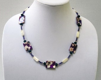 Purple Floral Shell Beads, Mother of Pearl Beads, Amethyst Beads Necklace