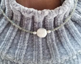 Labradorite Necklace, Labradorite Choker, Pearl Focal Bead, Gray Bead Choker, Labradorite Minimalist Necklace