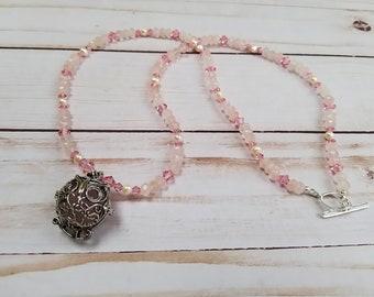 Rose Quartz Owl Pendant, Owl Healing Amulet, Rose Quartz Necklace, Pearl Necklace, Pink Swarovski Necklace, Pink Pendant Necklace