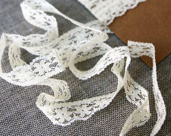 "Vintage lace trim, Floral cream lace, 1/2"" wide lace"