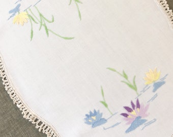 Vintage Embroidered Table Linen, vintage doily with embroidered waterlilies and crochet lace trim