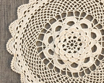 """Vintage Shabby Chic Cream Daisy Embroidered Table Linen Doily Coaster Mat 6"""""""