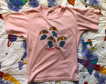 0588c42c6e18be Vintage 70s KIDS Elephant Graphic T Shirt Adult XXS Light Pink Niagara  Falls Graphic T Shirt Short Sleeve Crew Neck 1970s