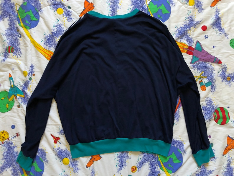 80s Shades Of Blue Striped Sweatshirt Large Blue White Teal Crew Neck Pullover Nautical Style Retro Hipster 1980s Large L