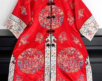 Antique/Vintage Chinese Silk Embroidered Robe/Coat/Wedding Gown/Kimono/Robe