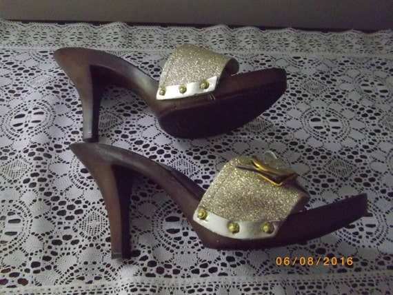 Gold Mules by Guess, Wood Heel, Size 7.5, Vintage… - image 3