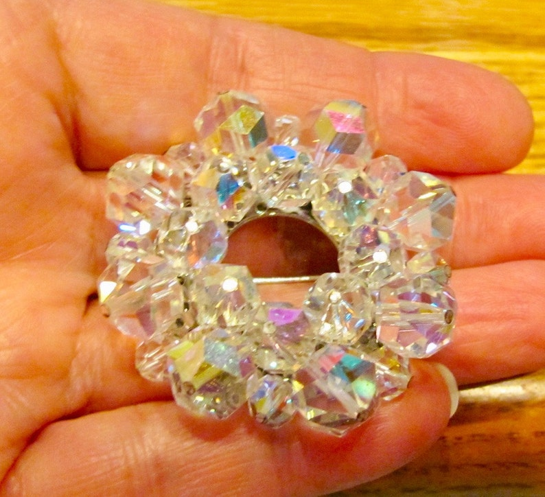 Stunning Vintage 3 Tiered Austrian Aurora Borealis Crystal Bicone Christmas Wreath Pin Brooch Holiday Jewelry