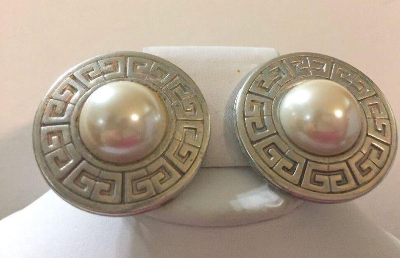 12e8c701617 VENTE-Vintage GIVENCHY designer signé grand logo perle ronde