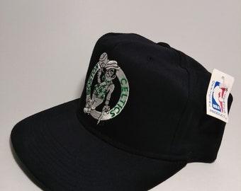 3da9cdb0 NWT Vintage 90's Boston Celtics NBA Snapback Hat