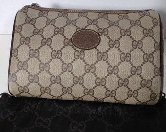 a900b3b369d3 Authentic Vintage 90's Gucci Clutch Bag Handbag Purse