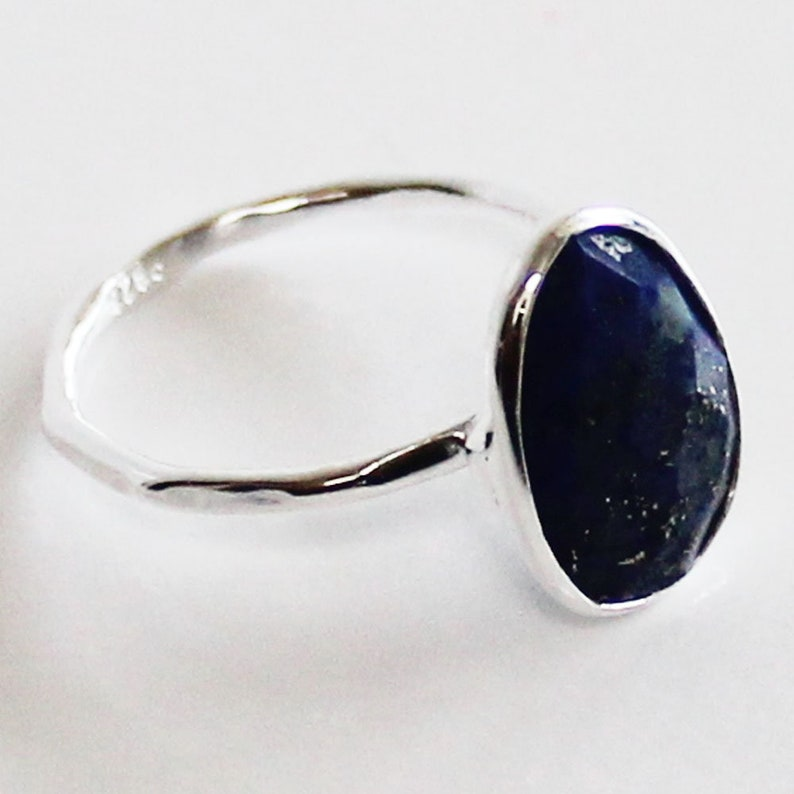 9 or 10 Faceted Semi-Precious Natural Blue Lapis Lazuli GemStone Solid Sterling Silver Ring Size 7 8