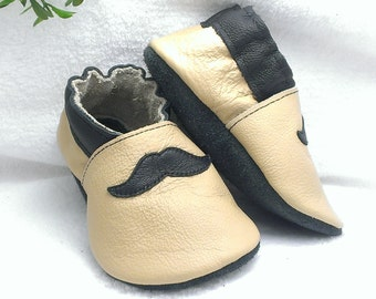 Leather baby shoes, soft sole shoes, leather baby shoes, baby pre-walkers, soft soled baby shoes, baby slippers, toddlers moccasins