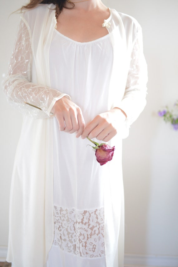 Vintage Sheer Bridal Long Sleeved Cover Up with S… - image 6