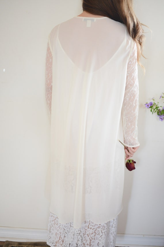 Vintage Sheer Bridal Long Sleeved Cover Up with S… - image 10