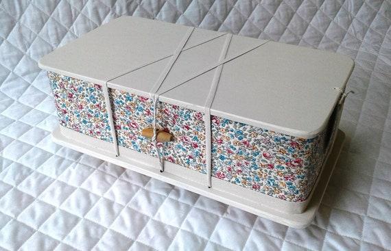 Blossom - ash casket
