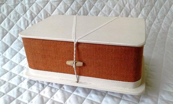 Russett - ash casket, larger