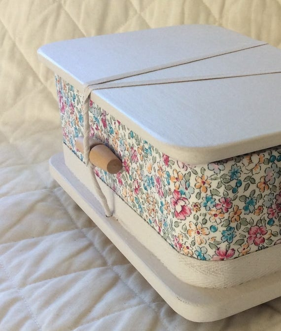 Blossom - ash casket for a child
