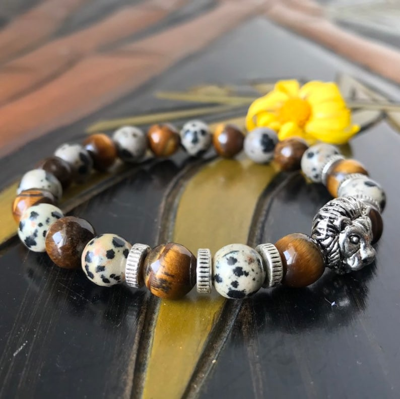 Unisex Women for Men/'s 8mm Natural Goldenrod Tiger Eye Beads  /& Natural Dalmatian Jasper Beads With  Antique Silver Plated Lion Head Bead