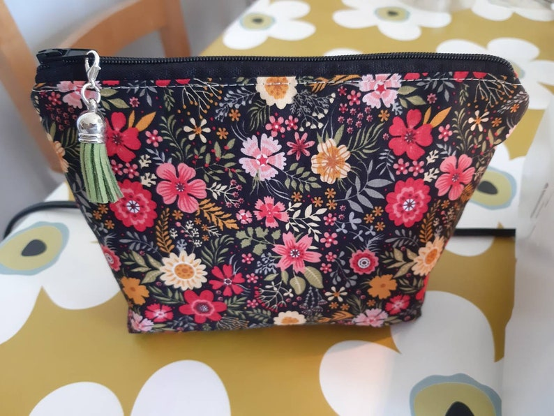 Black and Pink Floral Essential Oil Pouch
