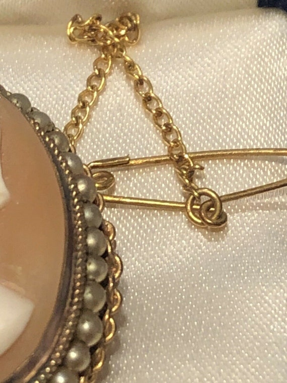 Antique Victorian Pinchbeck Cameo Brooch Safety Chain
