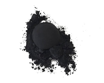 Obsidian Glass Mineral Eyeshadow- Zero Waste Packaging - Chemical Free